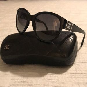 Beautiful Chanel polarized sunglasses!